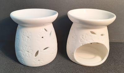 Picture of Oil burner - White floral design