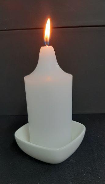 Picture of Candle holder - White ceramic square - 10cm (L) x 10cm (W) x 4cm (H)