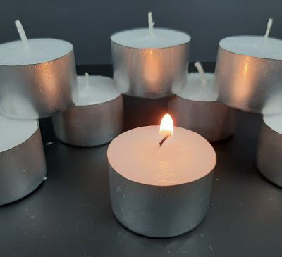 Picture of Tea light candles 8-hour - 50 pack